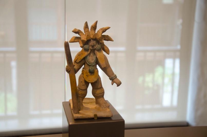 Shaman; Cultura Jama-Coaque (500 BC - 1530 AD)